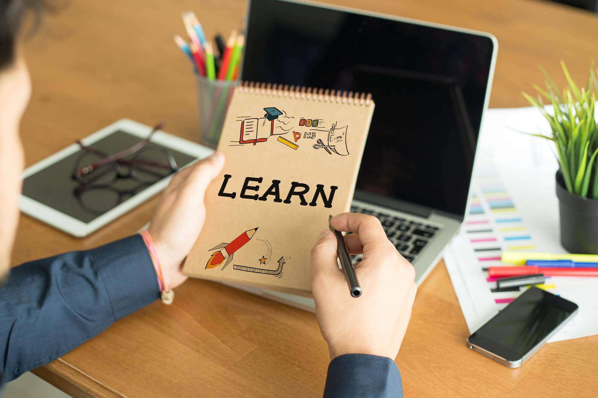آموزش مجازی: روش ها و انواع