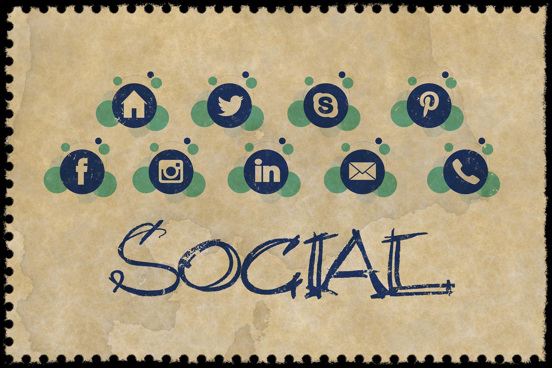 webinary w sieciach społecznościowych